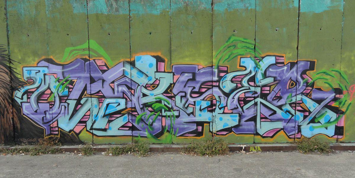 Street Art : Graffitis &amp&#x3B; Fresques Murales 2000 Antwerpen (Anvers) (Belgique)