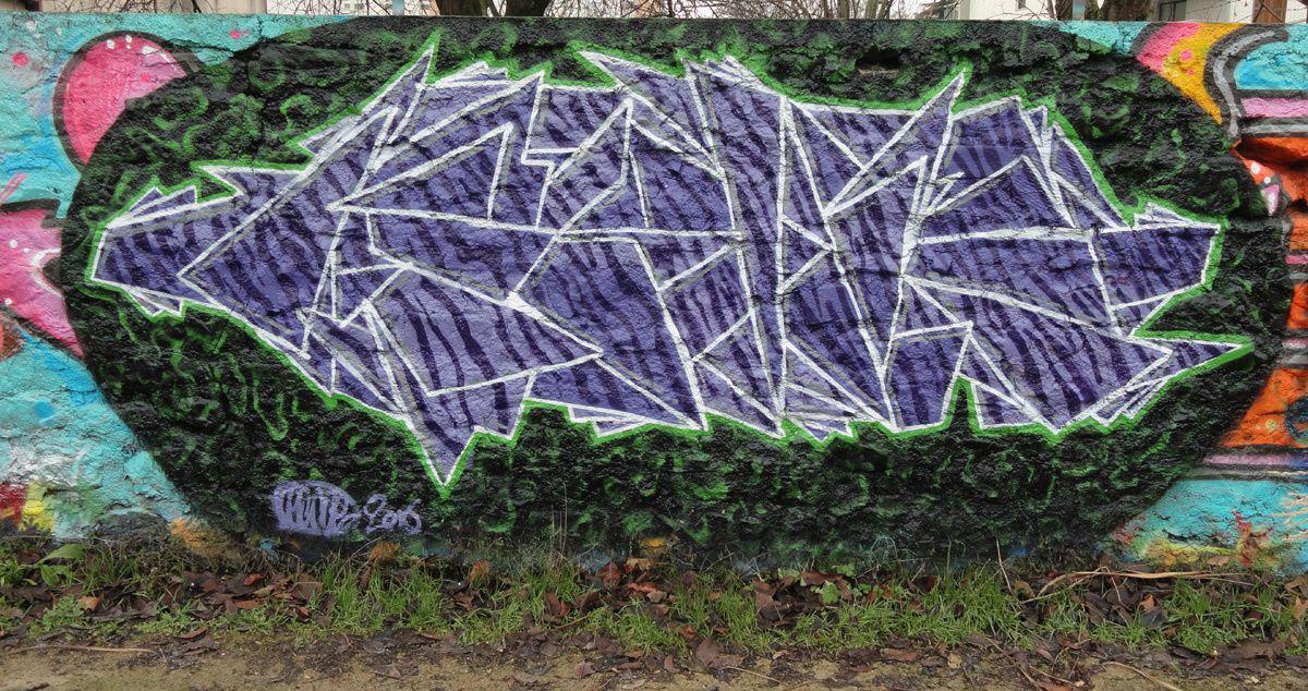 Album - Graffitis IVRY sur Seine Tom 026