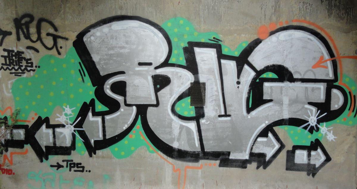 Street Art : Graffitis &amp&#x3B; Fresques Murales 92040 Issy les Moulineaux