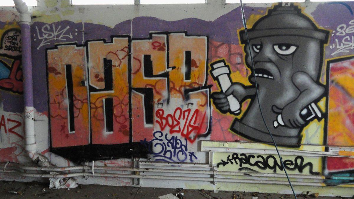 Street Art : Graffitis &amp&#x3B; Fresques Murales 92004 Asnieres sur seine
