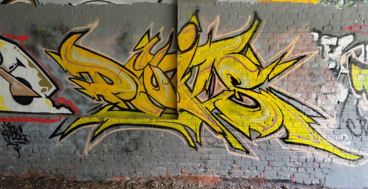 Street Art : Graffitis &amp&#x3B; Fresques Murales 8500 Kortrijk (belgique)