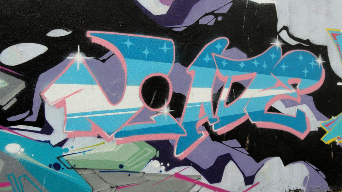 Street Art : Graffitis &amp&#x3B; Fresques Murales 56121 Lorient