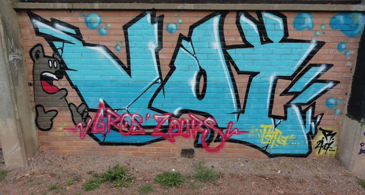 Street Art : Graffitis &amp&#x3B; Fresques Murales 62498 Lens
