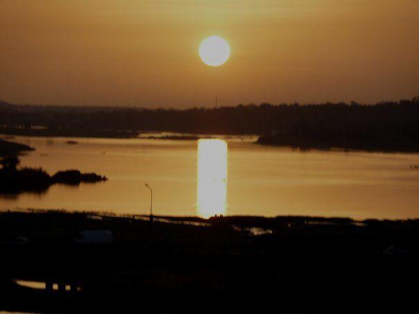 @bernieshoot Coucher de soleil sur le fleuve Niger (Niamey-Niger)