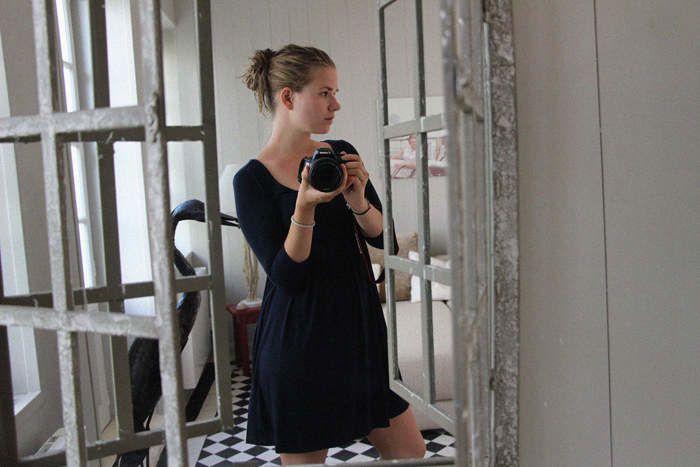 Camille.G (Blonde, mannequin et enquêtrice) - ©Camille.G