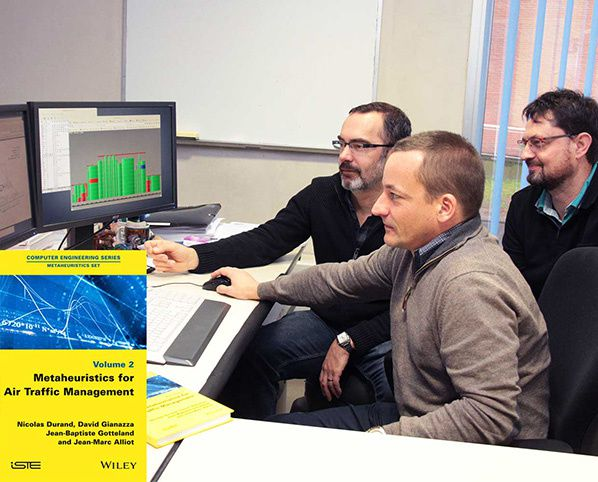 How algorythmes optimise Air Traffic Management