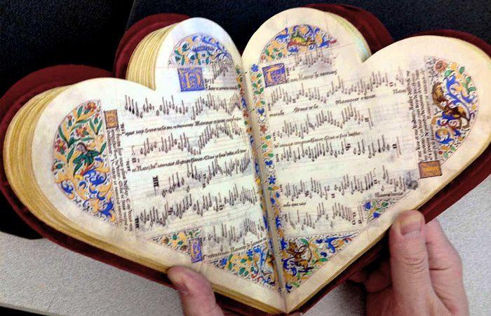 Le chansonnier cordiforme, manuscrit du XVe siècle