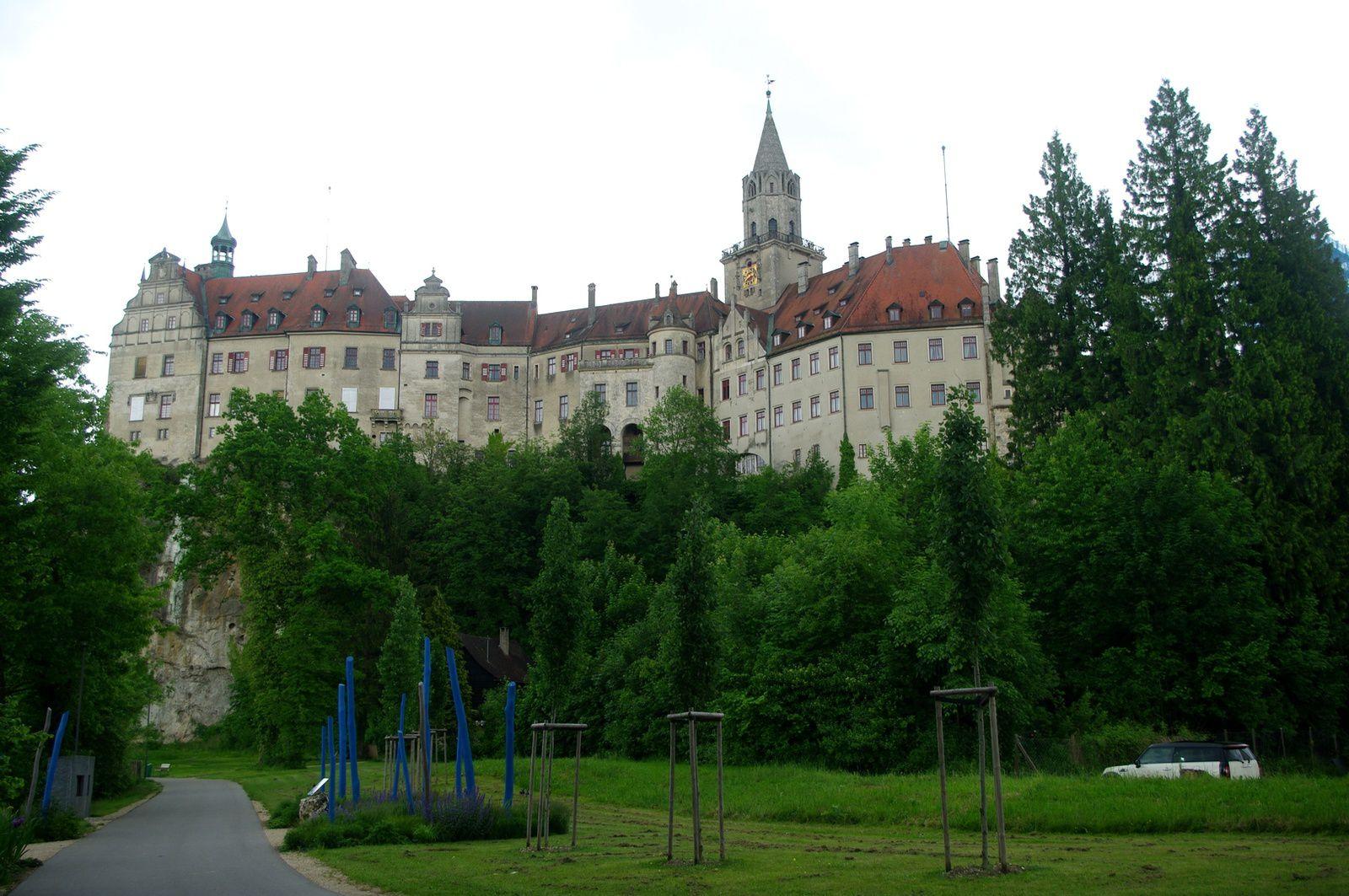 l'autre face du château des Hohenzollern
