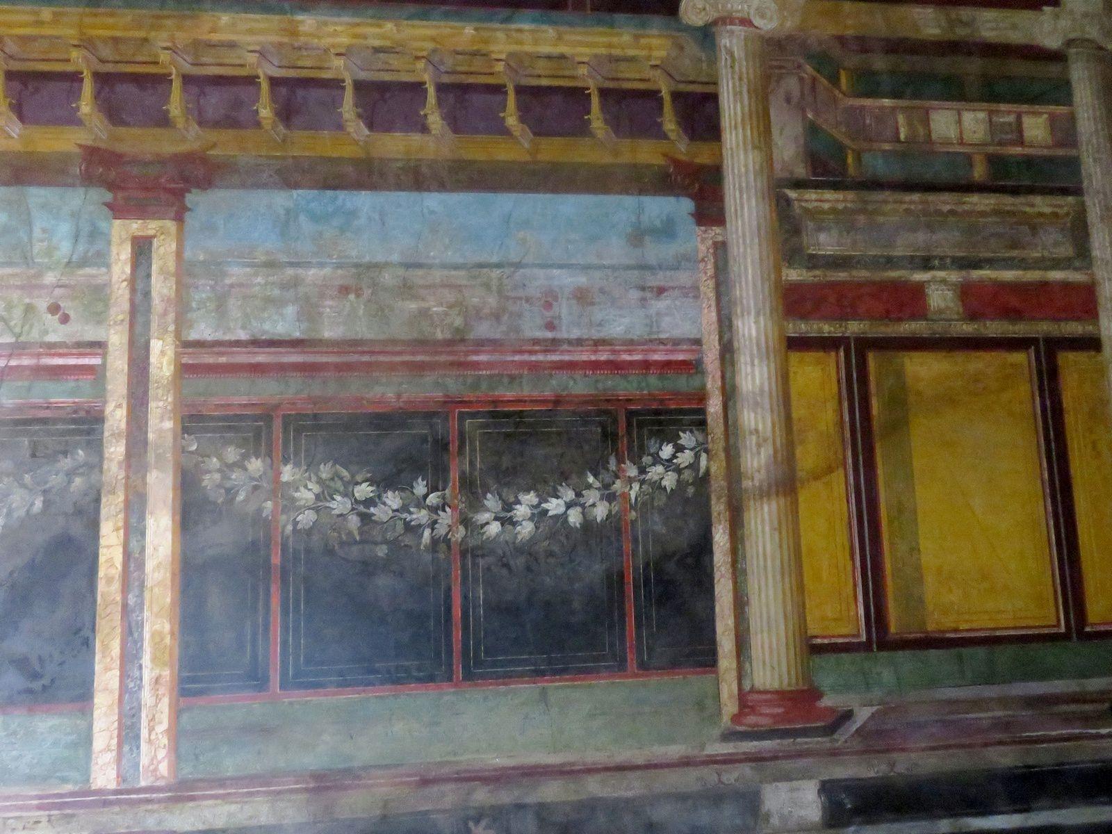 la villa des mystères : fresque en trompe l'oeil