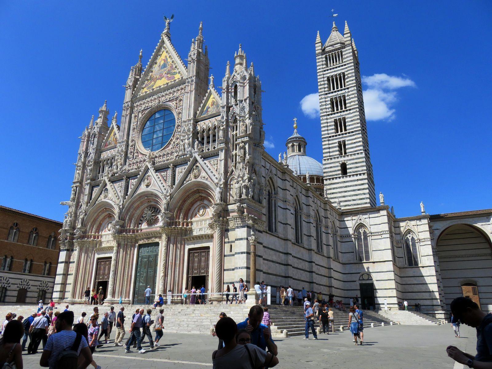 Le Duomo de Sienne, un des plus grands chef d'oeuvre romano gothique d'Italie