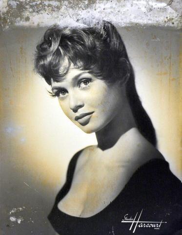 n°82 : Studio Harcourt Brigitte Bardot Tirage photographique contrecollé