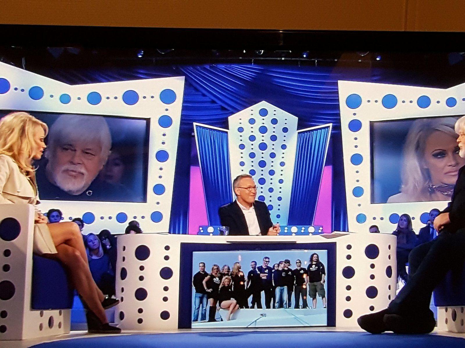 Paul Watson et Pamela Anderson sur France 2 dans l'émission &quot&#x3B;On n'est pas couché&quot&#x3B;...