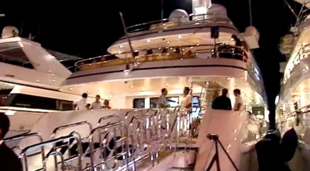 Saint-Tropez ou la fascination des yachts