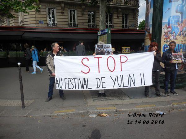 Manifestation contre le Festival de la viande de chien de Yulin