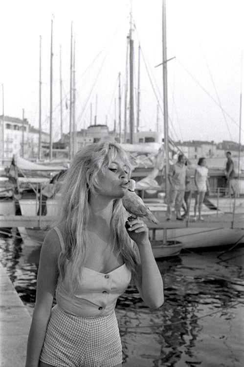 L'image vintage du week-end : Brigitte Bardot en 1958...