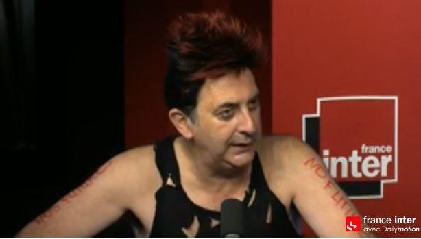 L'esprit punk de France Inter, par François Morel (Vidéo).