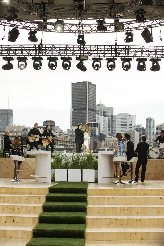 L'été indien avec Céline Dion et Francis Cabrel ce soir sur France 2.