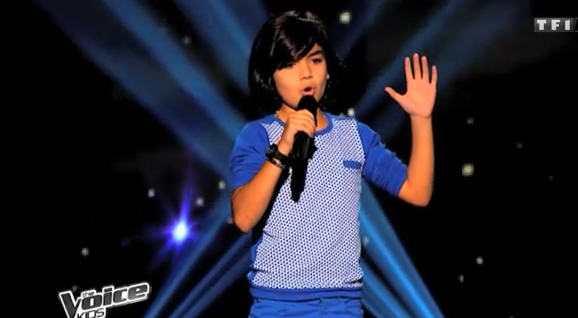 Vidéo The Voice Kids : le blues du businessman par Paul, 10 ans.