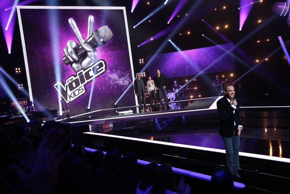 Vidéo The Voice Kids : I dreamed a dream par Virginia, et Love me again par Nicolas.