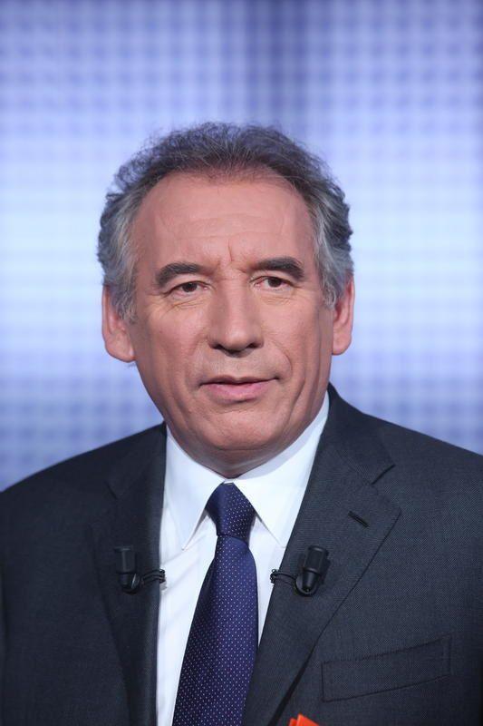Des paroles et des actes jeudi avec Bayrou, NKM, Le Pen...
