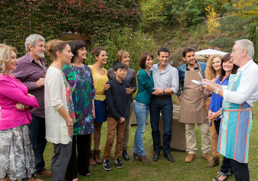 Audience d'Une famille formidable sur TF1 (comparatif saisons précédentes).