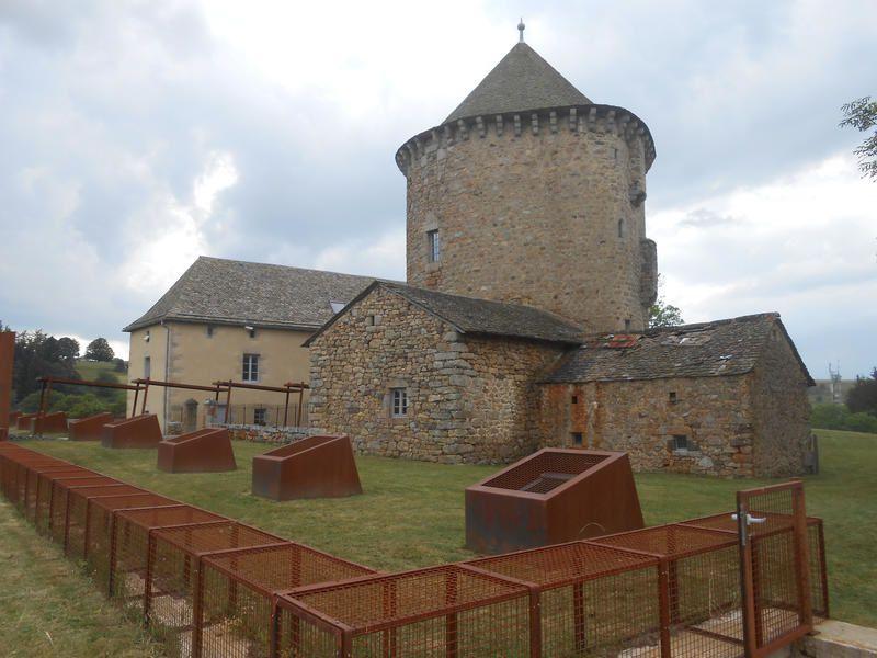 Echappées belles dans le Cantal ce samedi sur France 5.