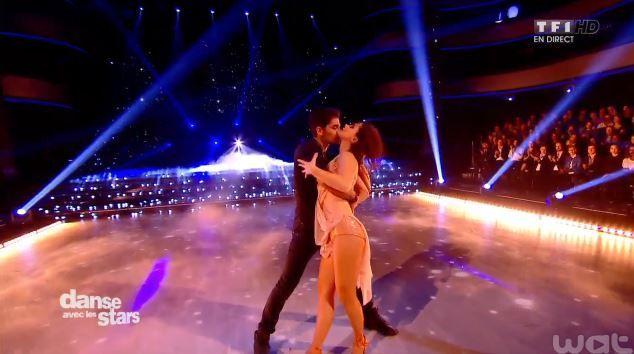 Danse avec les stars : la vidéo du duo sensuel Nathalie Péchalat - Christophe Licata.