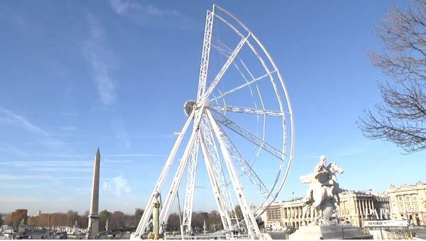 Village de Noël des Champs-Elysées et Grande roue dès ce week-end.