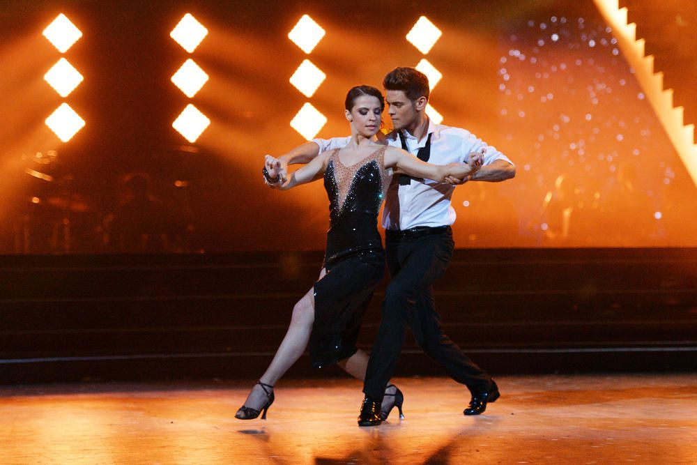 Rayane Bensetti et Denitsa remportent Danse avec les stars 5 (La vidéo).