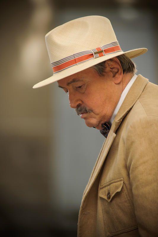 Victor Lanoux tourne un nouvel épisode de Commissaire Laviolette.