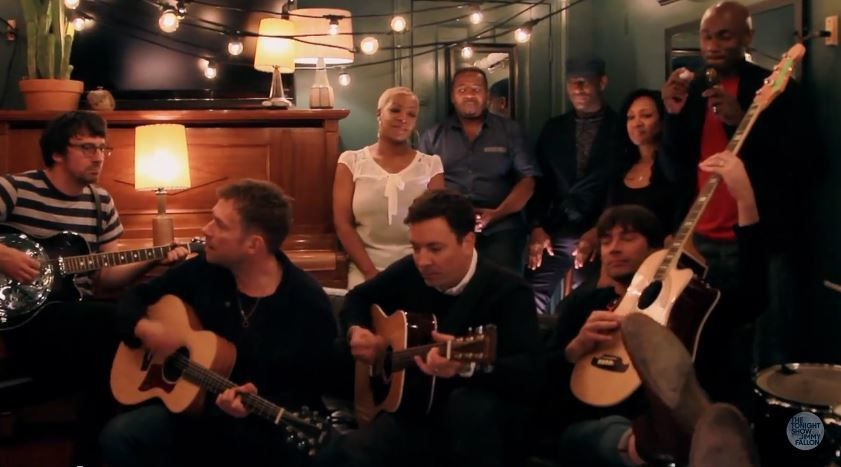 Version acoustique de Tender par Blur et Jimmy Fallon.