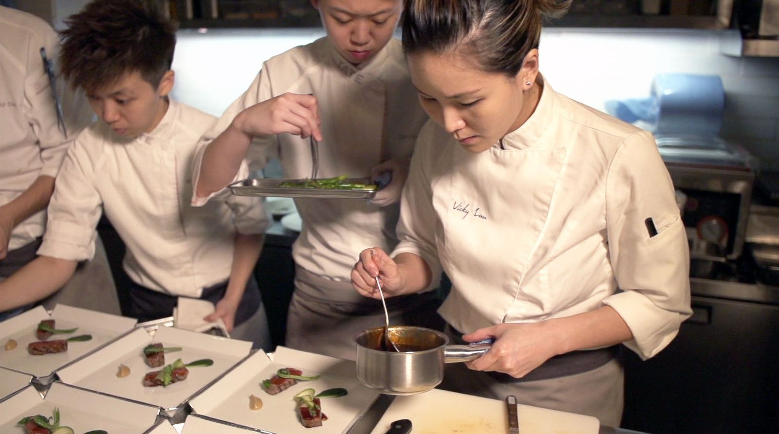 CNN Culinary Journeys avec Vicky Lau, meilleure chef d'Asie 2015.
