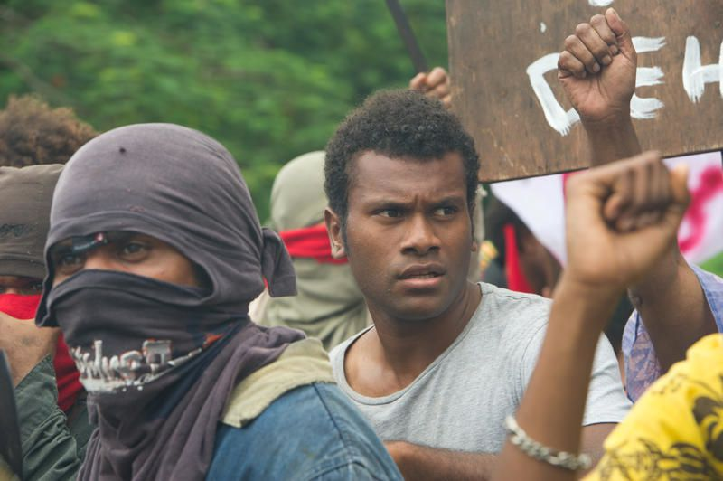 Téléfilm inédit &quot&#x3B;Kanak, l'histoire oubliée&quot&#x3B; : le parcours de Christian Karembeu.