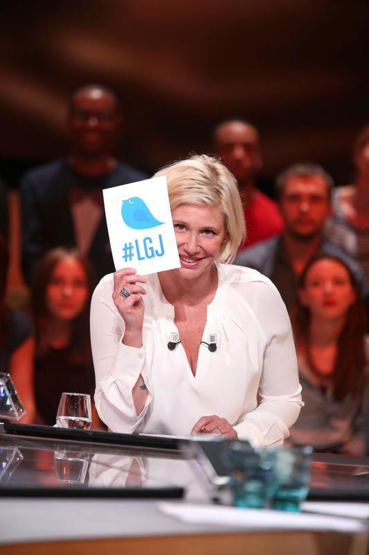 Audience de Le grand journal, C à vous et Touche pas à mon poste vendredi.