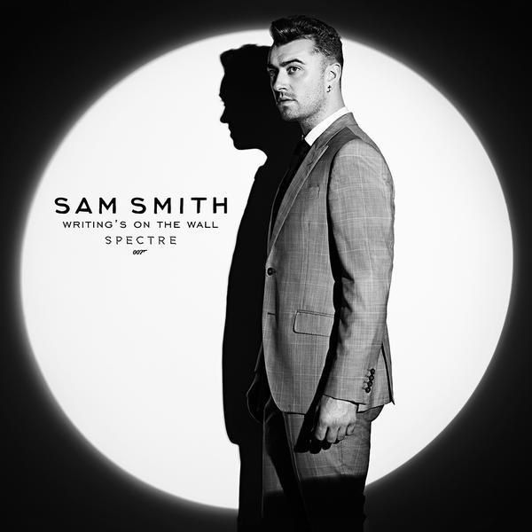Writing's On The Wall chanté par Sam Smith : découvrez le clip (007).
