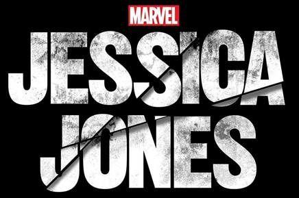 Comic Con Paris annonce la venue de Krysten Ritter et Carrie-Anne Moss.