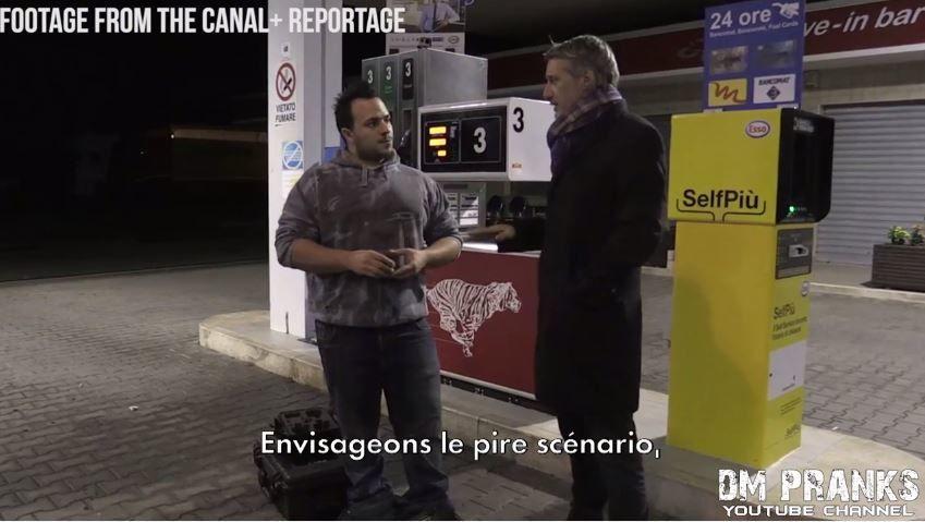 Quand Antoine de Caunes se fait piéger par le &quot&#x3B;clown&quot&#x3B; Matteo Moroni (vidéo).