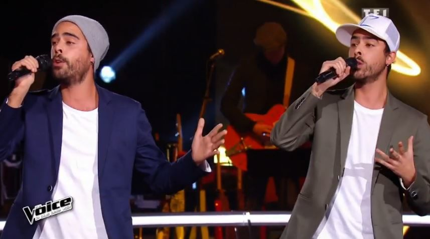 Une belle battle dans The Voice : Mood et Twins Phoenix reprennent Saint Claude.