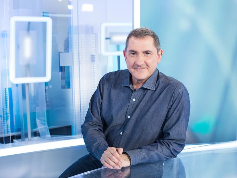 Le directeur général de LCI annonce qu'Yves Calvi y débutera le 29 août.