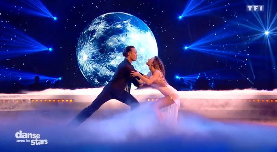 Laurent Maistret et Denitsa Ikonomova dansent sur Lettre à France (vidéo Danse avec les stars).
