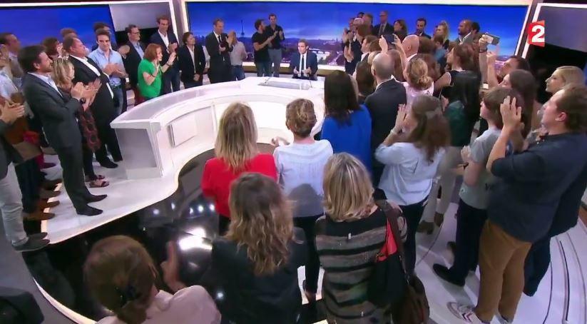 Revoir les dernières minutes de l'ultime 20 Heures de David Pujadas sur France 2.