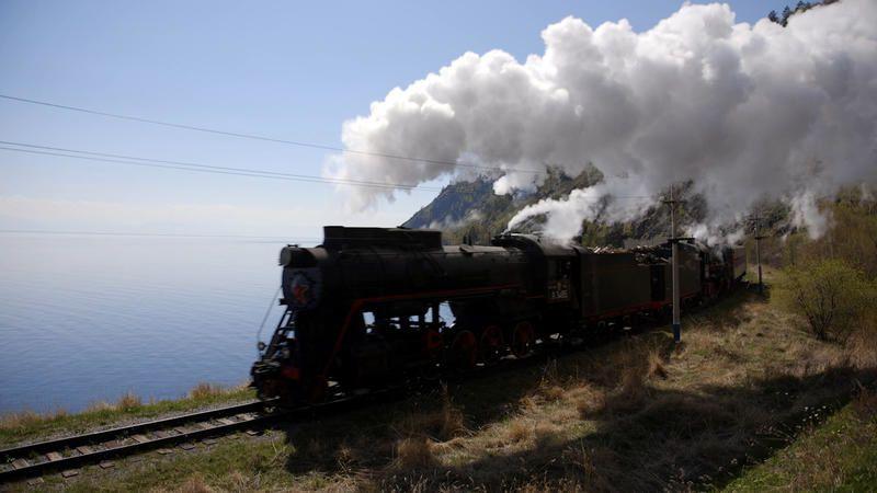 Des trains pas comme les autres, ce soir : La Russie d'Ouest en Est.
