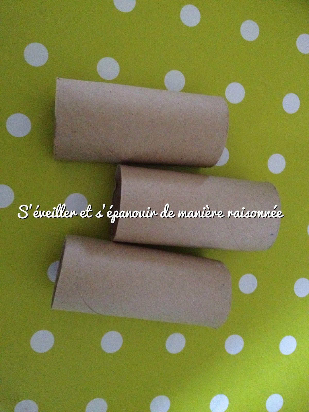 Peinture avec des tubes en cartons (rouleaux de papier-toilette...) en tampons