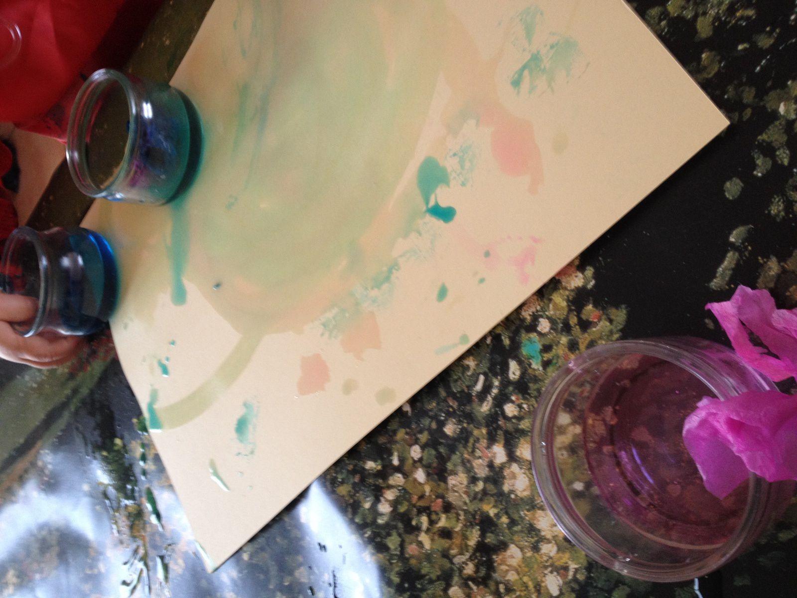 Peindre avec du papier crépon