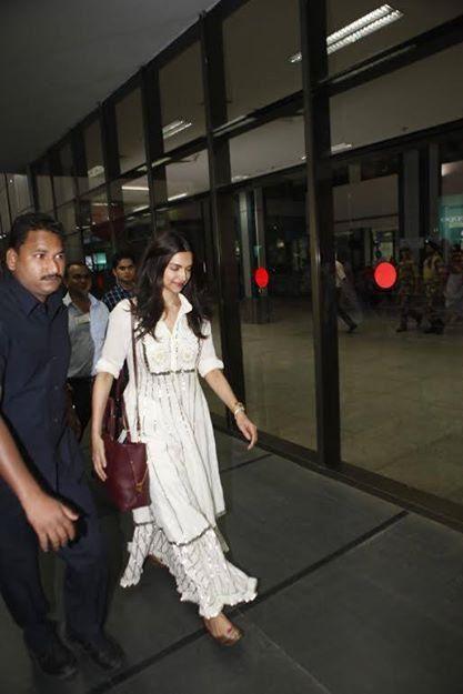 Deepika Padukone s'en va à Ahmedabad