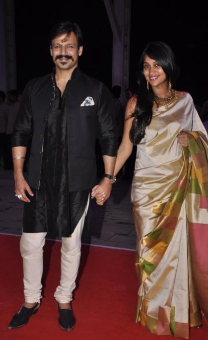 Les célébrités de Bollywood à la reception de mariage de Kush Sinha