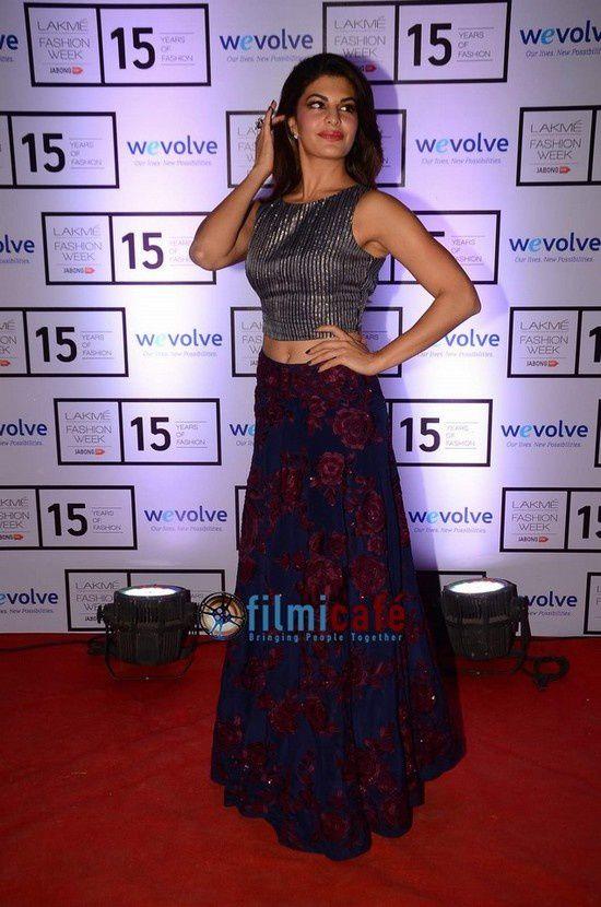 Les célébrités de Bollywood au défilé de Manish Malhotra LFW 2015