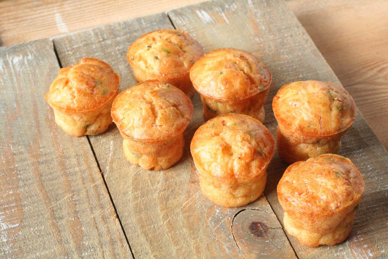 Mini muffins aux crevettes et à la ciboulette