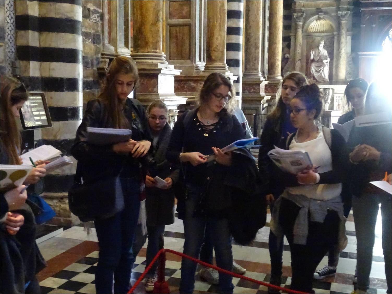 Senne, Duomo, Pavements : la Sibylle, le Massacre des innocents