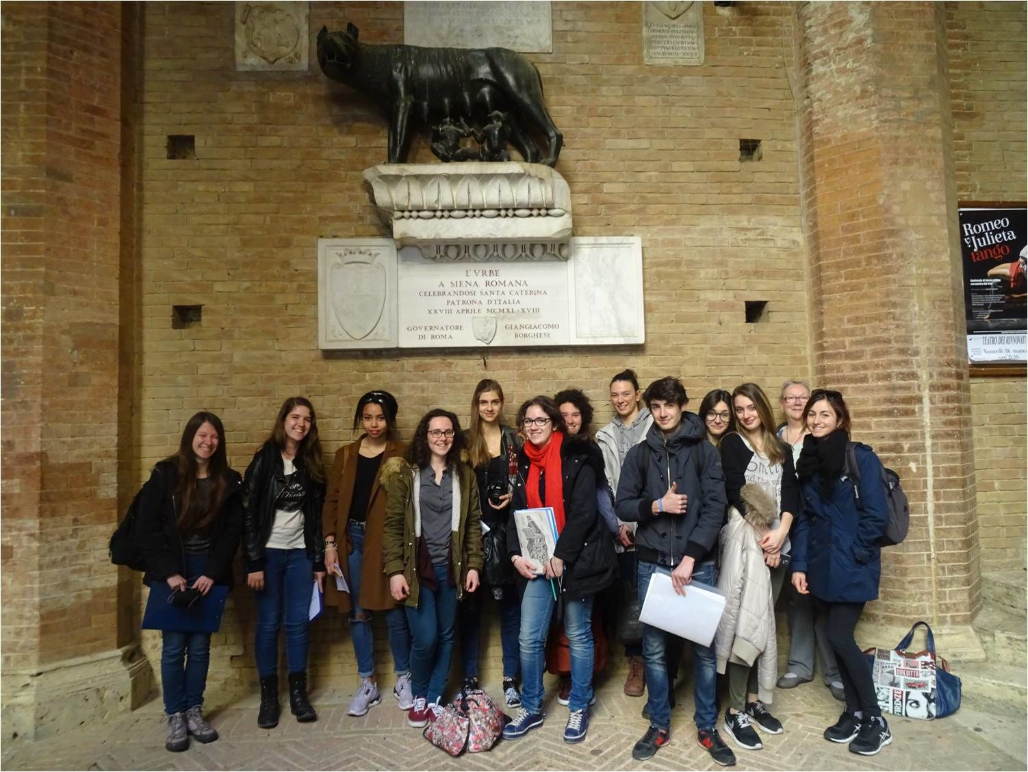 Sienne, Palazzo Pubblico, 18-03-16 : les latinistes à l'oeuvre !